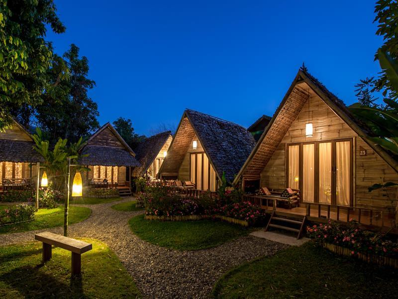 pai-village-boutique-resort-farm.jpg