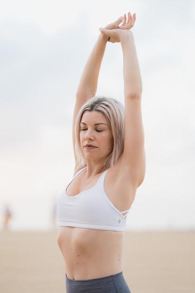 IG - Hawaii - Madeleine Russick - Yoga-377.jpg