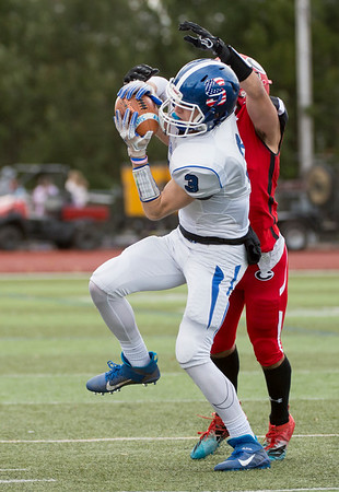 11/28/19 Wesley Bunnell | Staff Southington football vs Cheshire in the Apple Valley Classic on Thanksgiving morning at Cheshire High School. WR Jacob DelMonte (3) with a reception.