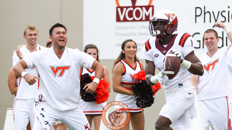 Virginia Tech cheerleaders celebrate after Isaiah Ford hauls in a touchdown pass in the first quarter. (Mark Umansky/TheKeyPlay.com)