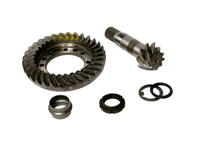 CASE IH CROWN WHEEL AND PINION 9/32 1537626C1