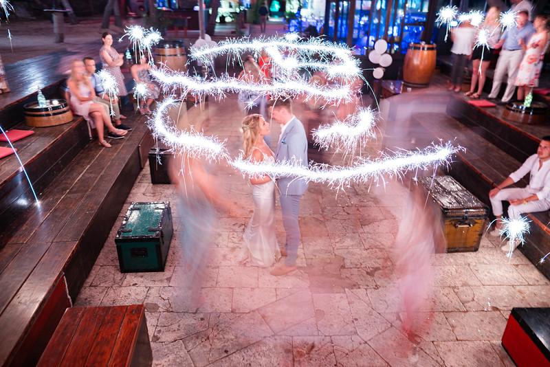 Croatia Wedding-373.jpg
