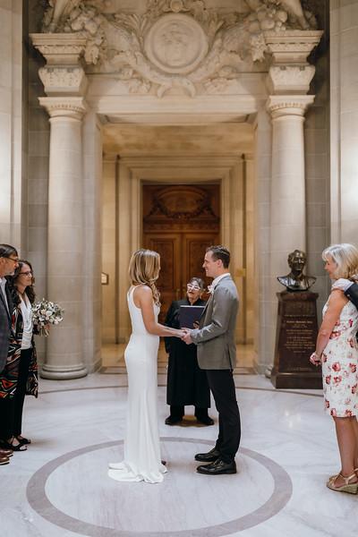 2018-10-04_ROEDER_EdMeredith_SFcityhall_Wedding_CARD1_0199.jpg