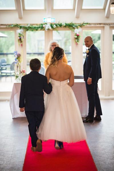 Sam_and_Louisa_wedding_great_hallingbury_manor_hotel_ben_savell_photography-0048.jpg