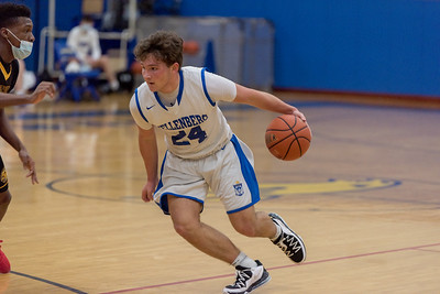 Boys Varsity Basketball - 2021