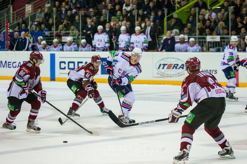 Nepryayev Ivan (13) passes the puck during KHL regular championship game between Dinamo Riga and SKA Saint Petersburg in Arena Riga
