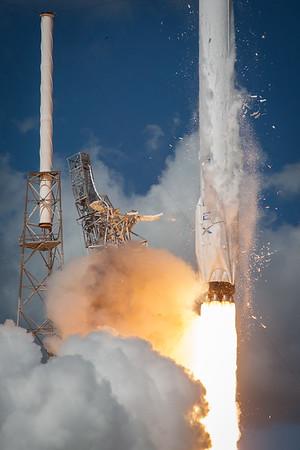 NASA CRS-7 Launch