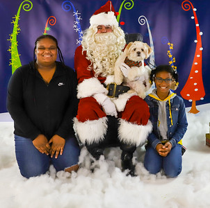 Naeem Haskins - Pet Pics with Santa