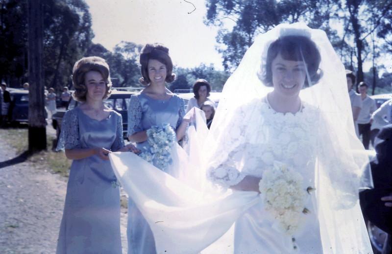 1967-12-2 (12) Margaret Gowling wedding.JPG