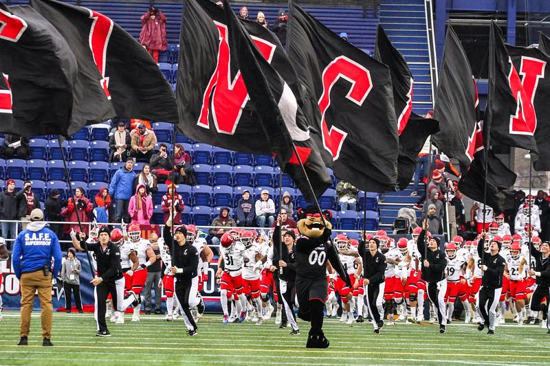 The Cincinnati Bearcats take the field