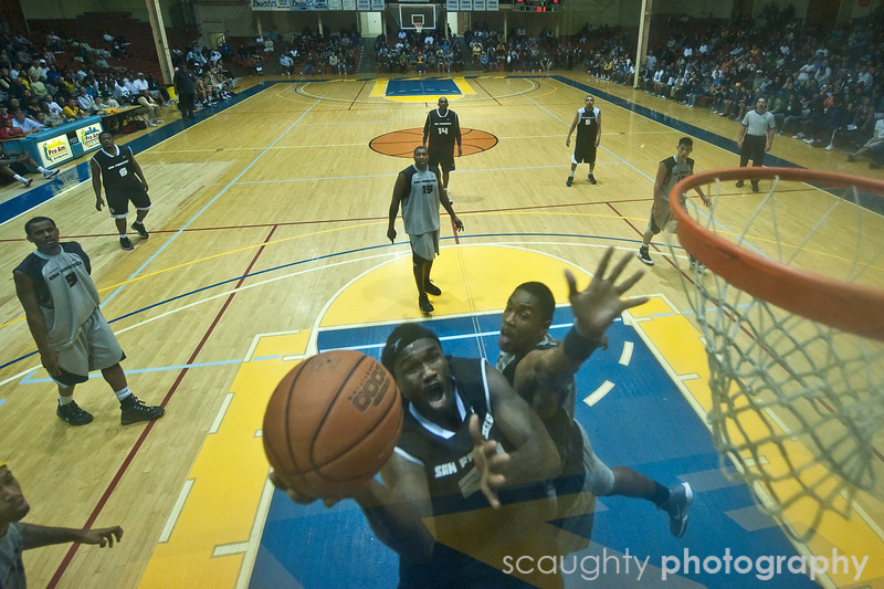 08-12-09_Edited_SF_Summer_League_Roeder_17.jpg