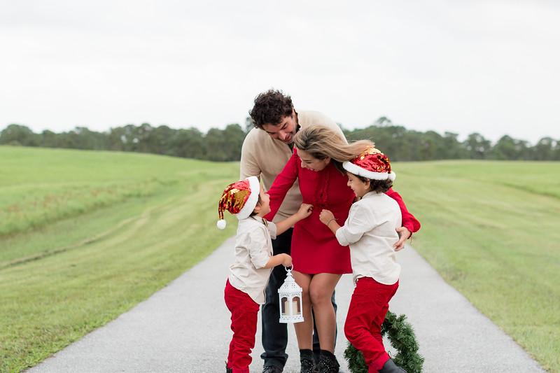 Augustin Family Holiday 2020-71.jpg