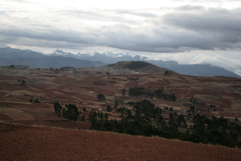 Countryside up in the highlands between Ollantaytambo and Chinchero.