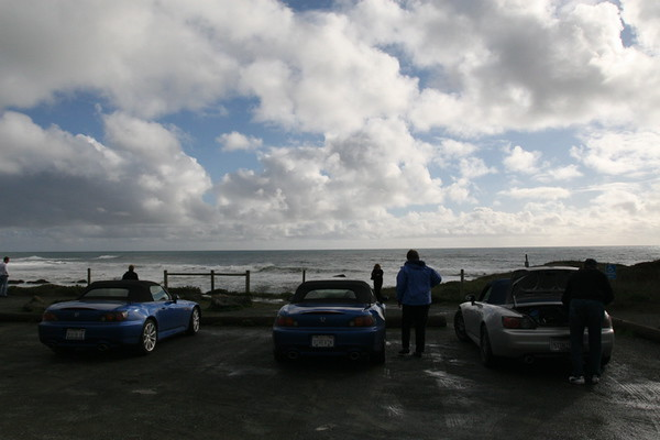 2/23 Cars from the North along the coast highway