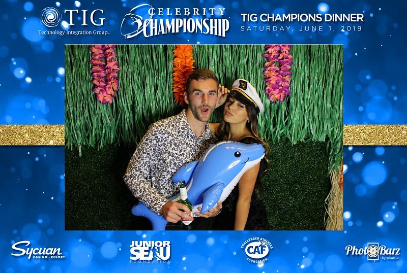 Celebrity Golf Sat Night70.jpg