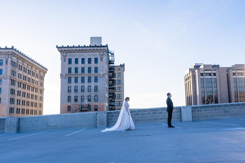 Alisha + Carter Bridal + First Look-17.jpg