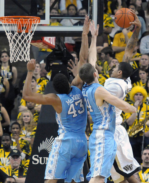 Ty Walker goes for dunk.jpg