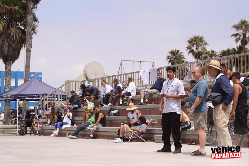 06.20.09 So-Cal Summer Slam  3-Wall Big Ball Singles.  1800 Ocean Front Walk.  Venice, ca 310.399.2775 (28).JPG