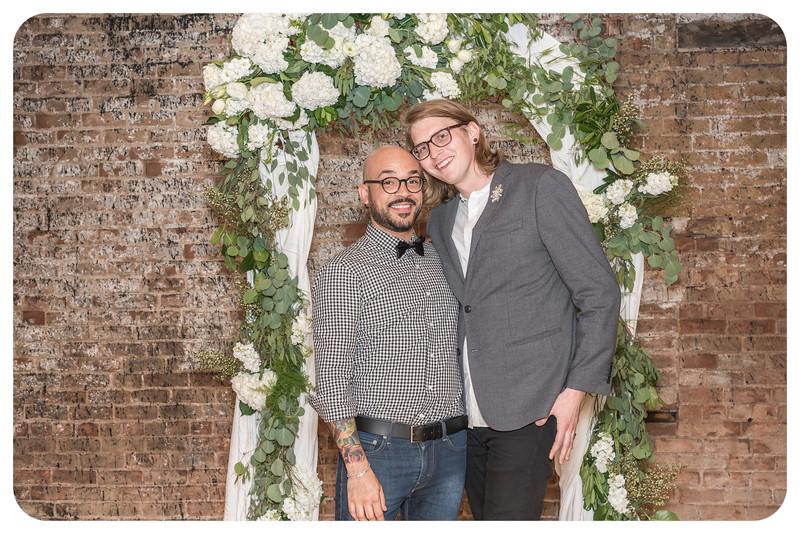 Laren&Bob-Wedding-Photobooth-103.jpg