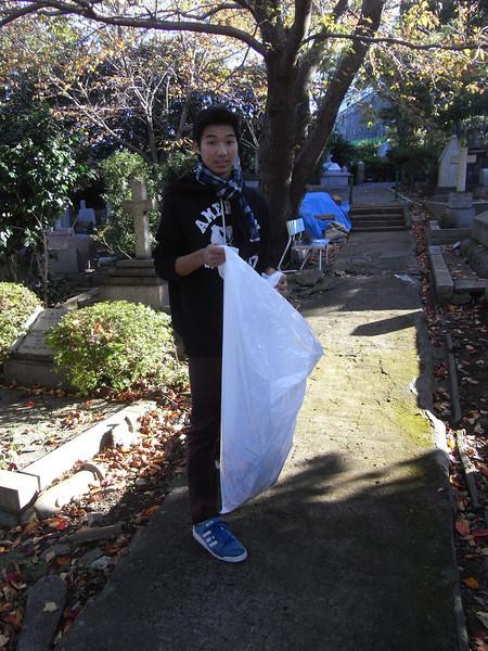 Cemetery Clean-up 11132013_10830615403_l.jpg