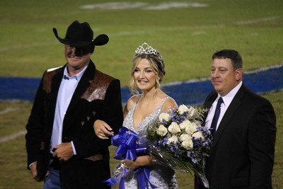 Riley Sherrod crowned 2019 Joaquin Homecoming Queen