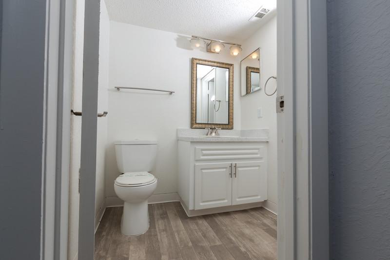Apartment 3 (2 bedroom)-30.jpg