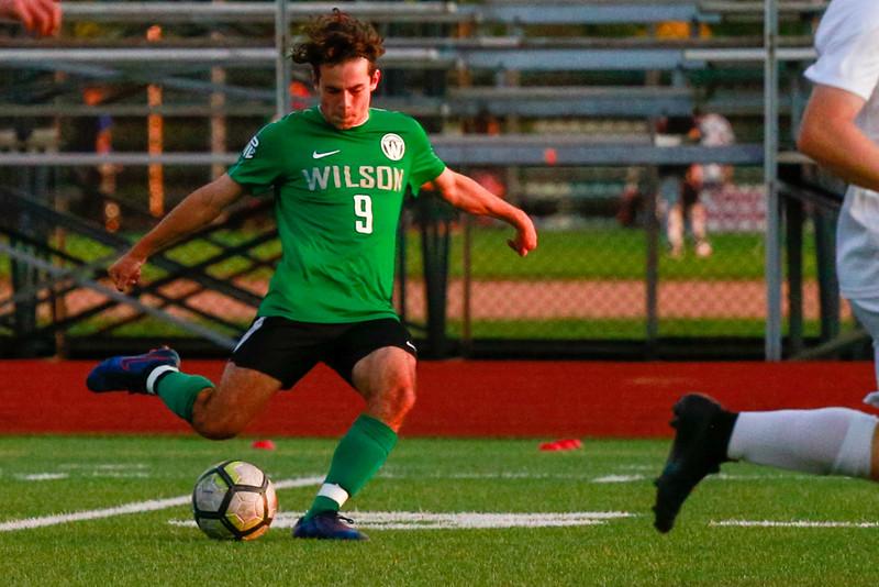 Wilson-mens-soccer-v-southridge-2019-EdmundDevereaux-13.jpg