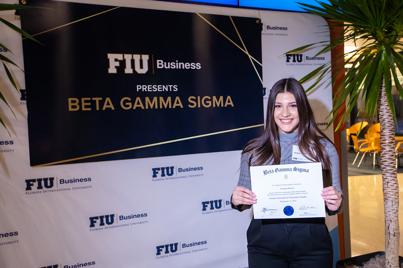 FIU Beta Gamma Sigma Ceremony 2019-120.jpg
