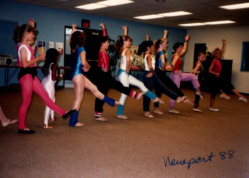 Dance_0044_b.jpg