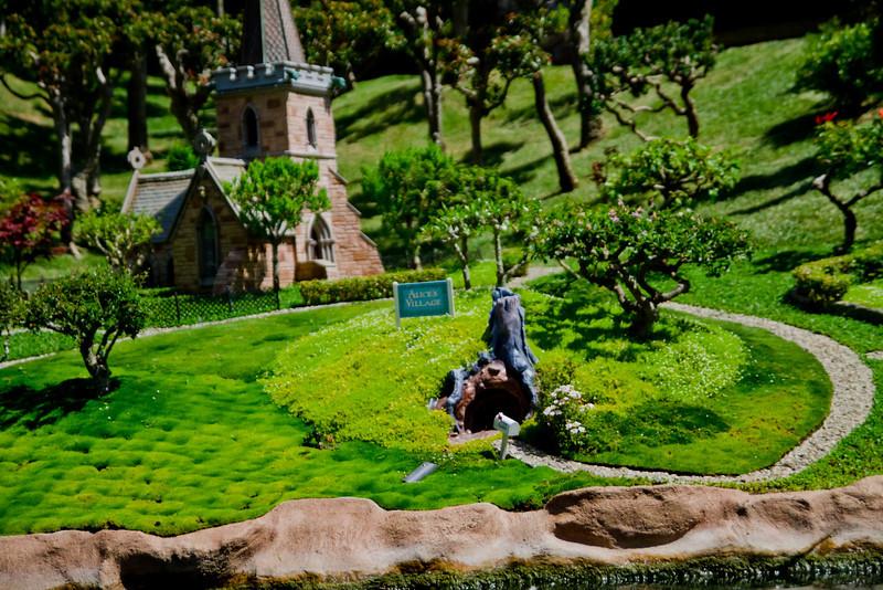 Alice's Village & the rabbit hole