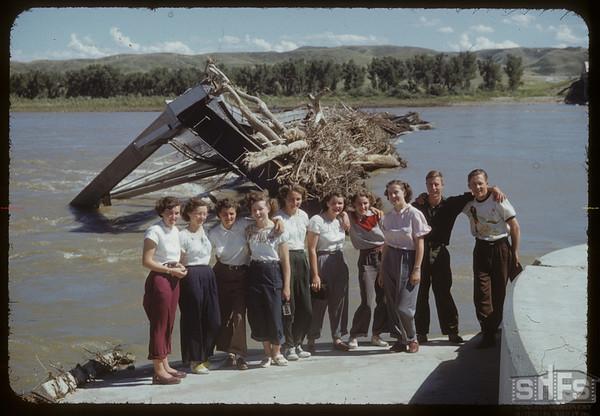 Swift Current Co-op School students at what was Sask. Landing Bridge. Sask. Landing 07/09/1952