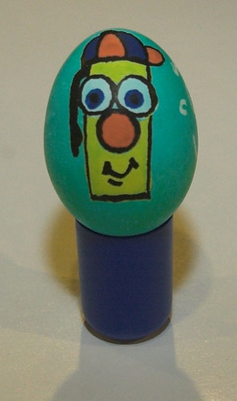 "A picture of ""Ziggy"" the Zig Posterman Marker on an egg."