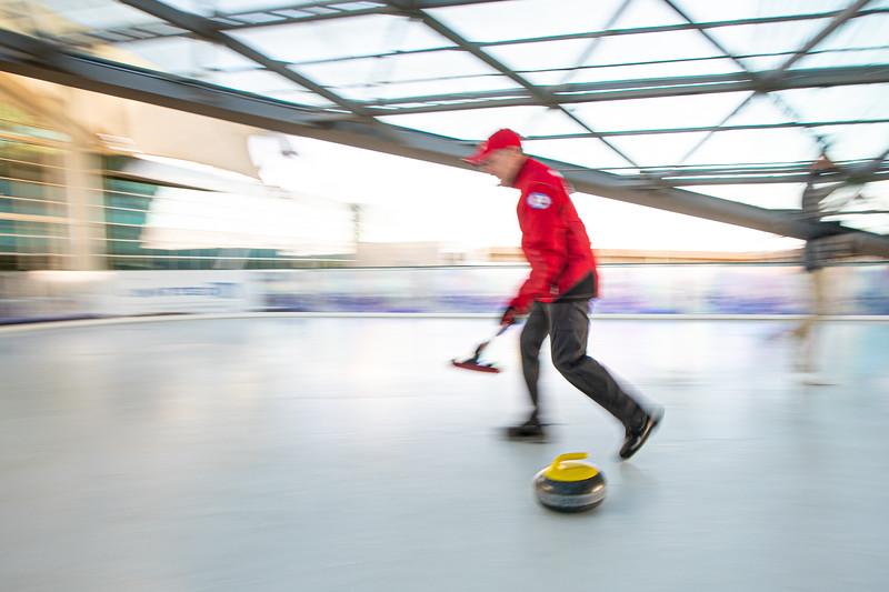 011020_Curling-046.jpg