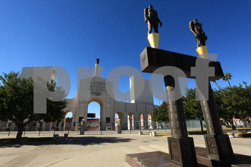 LA Memorial Coliseum 5331.jpg