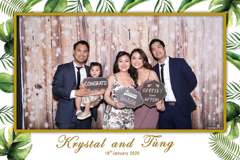 Krystal-Tung-wedding-instant-print-photo-booth-in-Ho-Chi-Minh-City-Chup-hinh-lay-lien-Tiec-cuoi-WefieBox-Photobooth-Vietnam-029.jpg