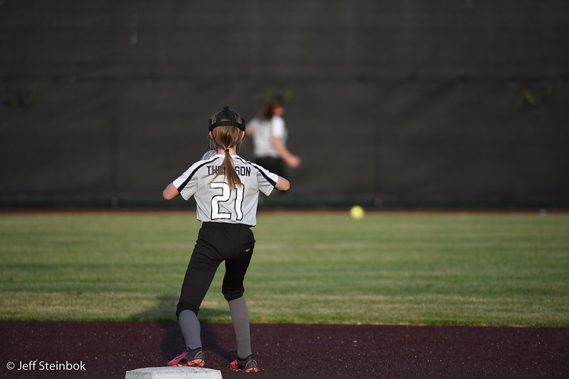 Softball - 2019-05-13 - ELL White Sox vs Sammamish (57 of 61).jpg