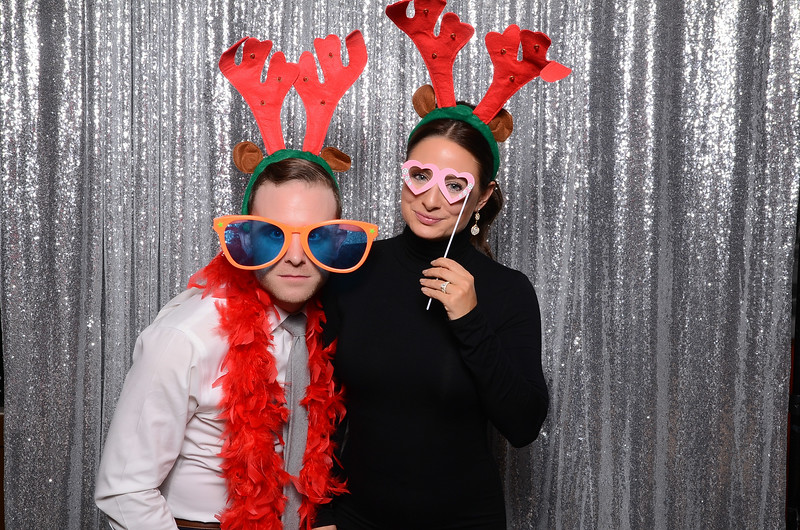 nwg residential holiday party 2017 photography-0098.jpg