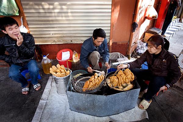 hanoistreetfood.jpg
