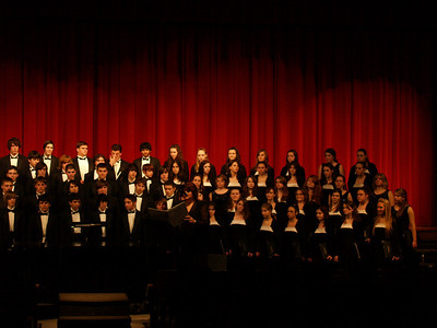 Select Choir and larger QCHS choirs '08-'09