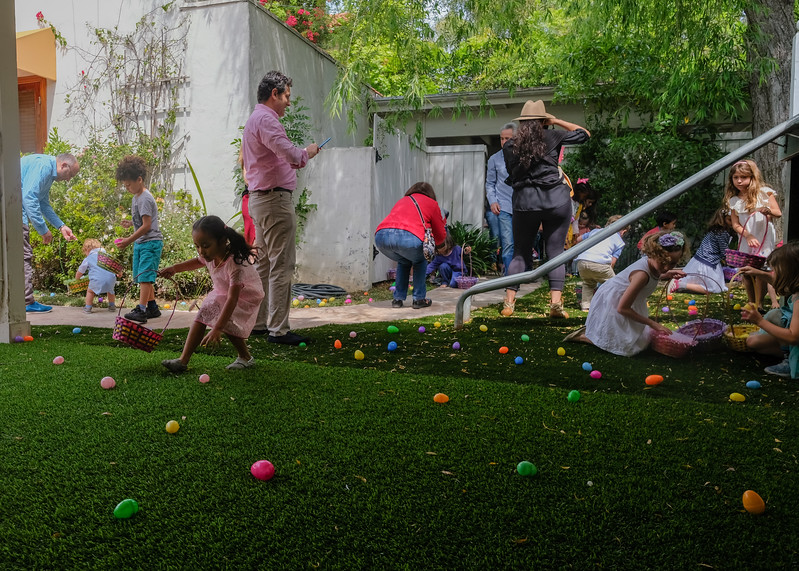 Auntie Wah's & Uncle Ed's Annual Easter Egg Hunt 2017-14.jpg