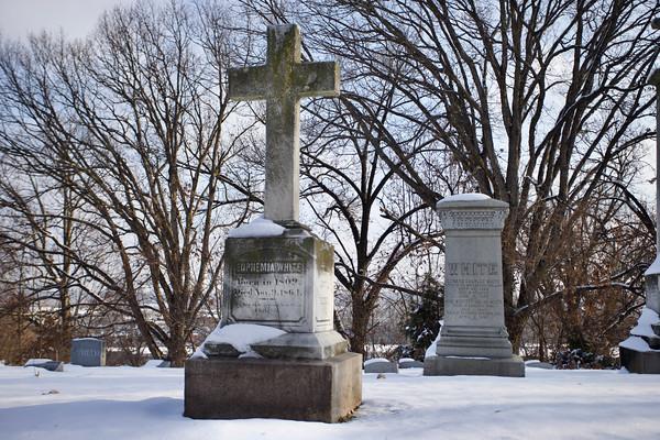 Snow at Calvary Cemetery Dec. 2019