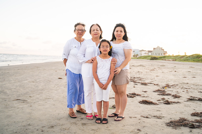 Mom_70th_Bday_Galveston_2019-127.jpg