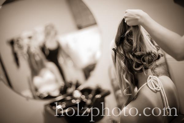 Allyson and Tim Creative Wedding Photos