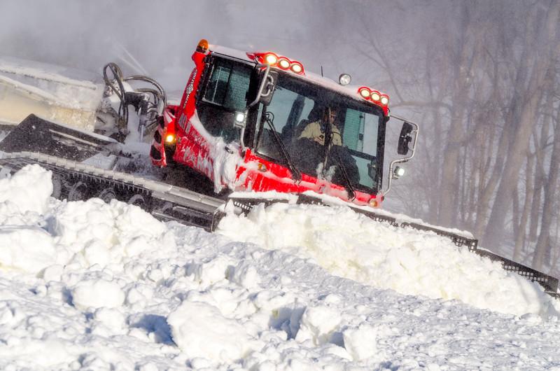 Snowmaking-n-SnowCats_Snow-Trails-157.jpg