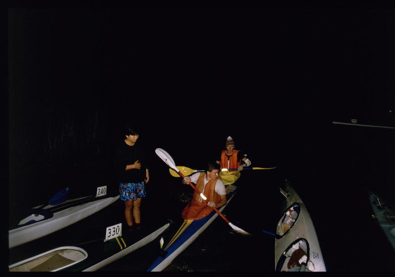 kayak-1141220082.jpg