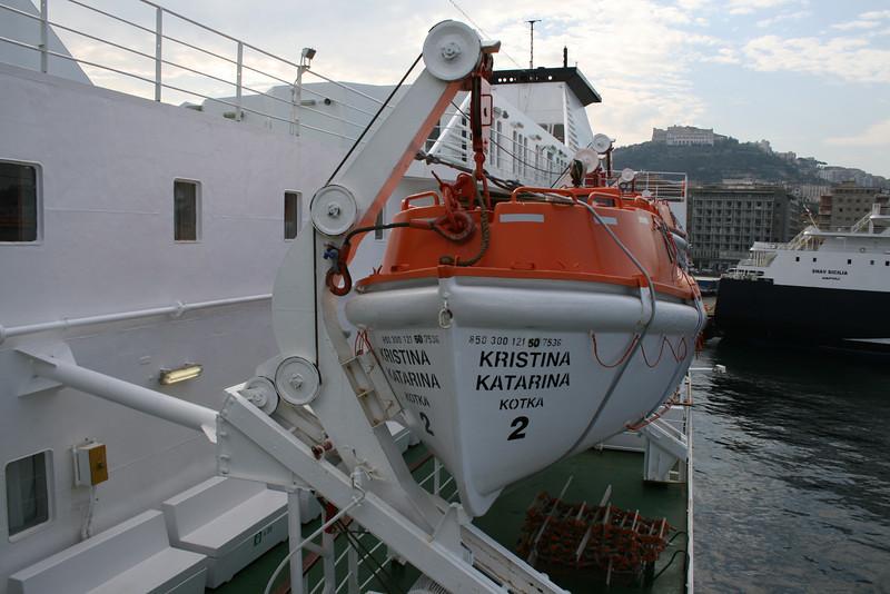 2010 - On board M/S KRISTINA KATARINA : lifeboat.