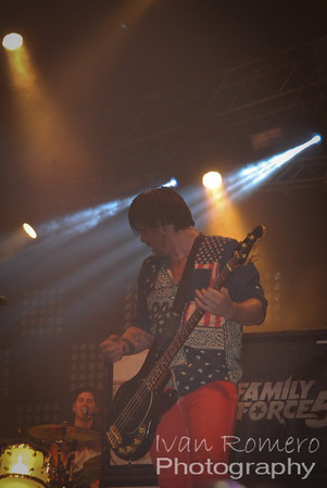 Rock The Universe 2013-Family Force 5