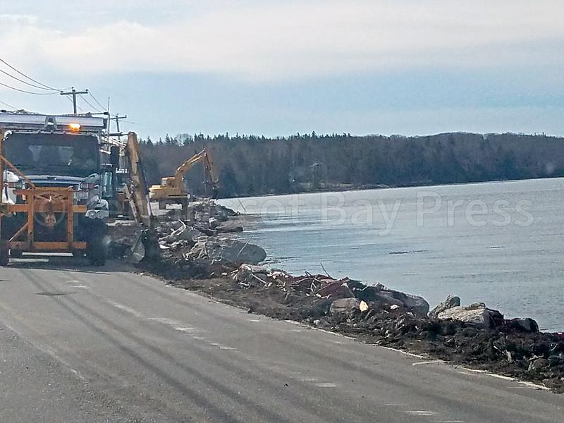 IA-DI-Causeway-guardrails-View-042817-FD.jpg