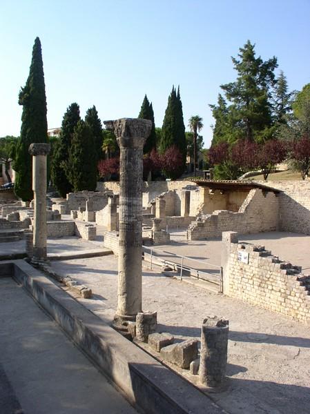 roman ruins vaison la romaine.JPG