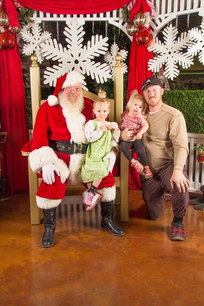 Santa 12-16-17-341.jpg
